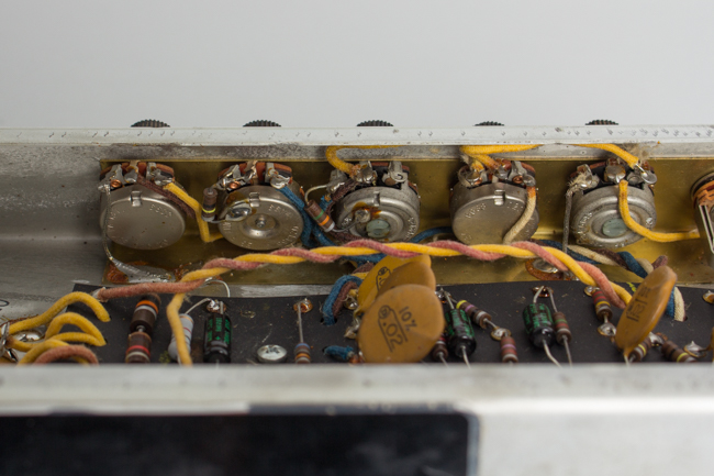Fender  Vibro-Champ AA764 Tube Amplifier (1967)