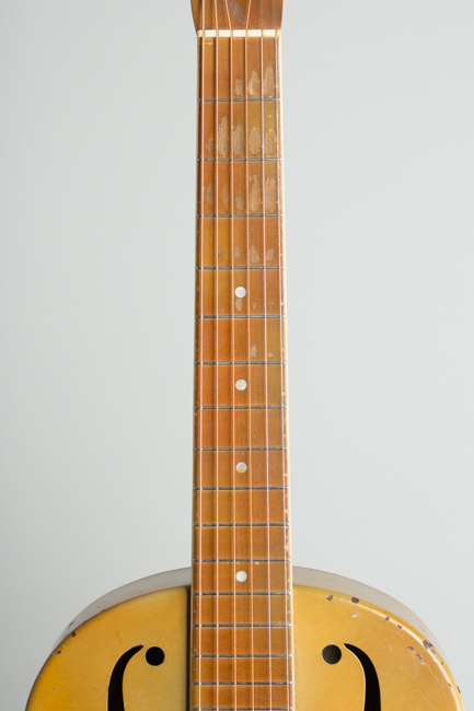 National  Triolian Resophonic Guitar  (1931)