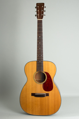 C. F. Martin  00-18 Flat Top Acoustic Guitar  (1949)